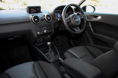 Quick drive audi a1 sportback oversteer for Audi a1 sportback interieur