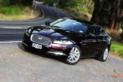 Jag XF front