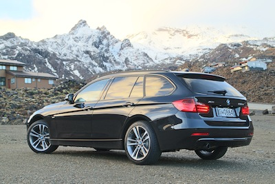 first drive bmw 3 series touring xdrive oversteer. Black Bedroom Furniture Sets. Home Design Ideas