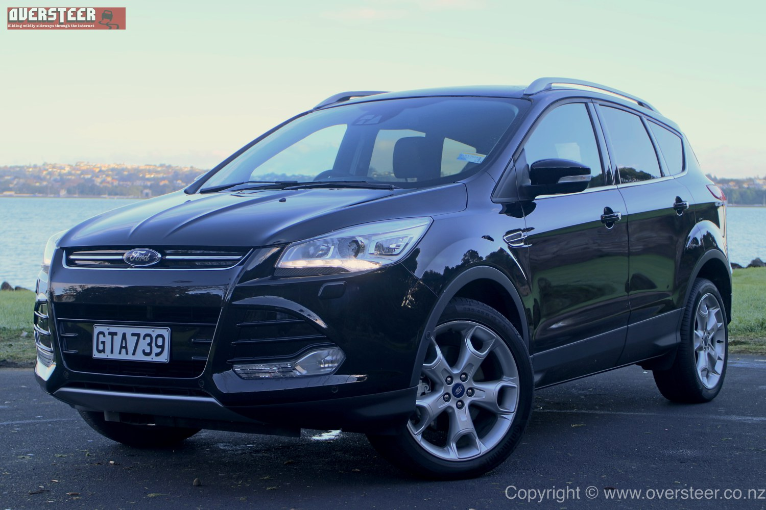 road test ford kuga titanium ecoboost oversteer. Black Bedroom Furniture Sets. Home Design Ideas