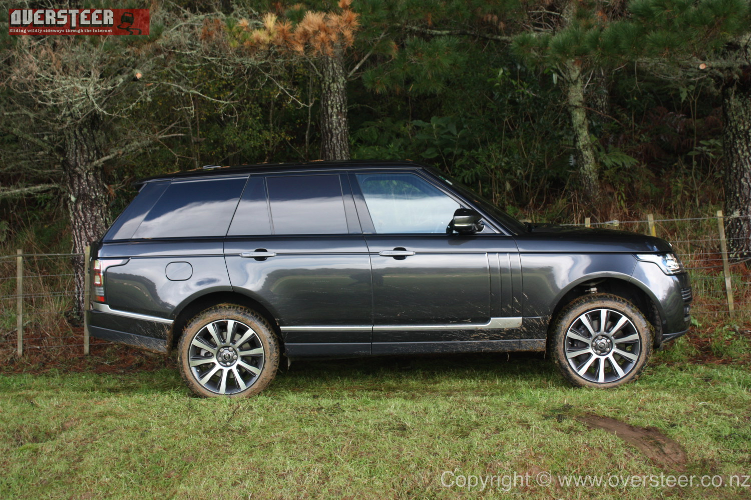 road test range rover vogue s c v8 oversteer. Black Bedroom Furniture Sets. Home Design Ideas