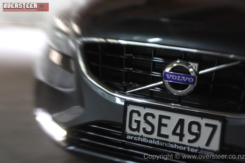 ROAD TEST: Volvo V40 T4