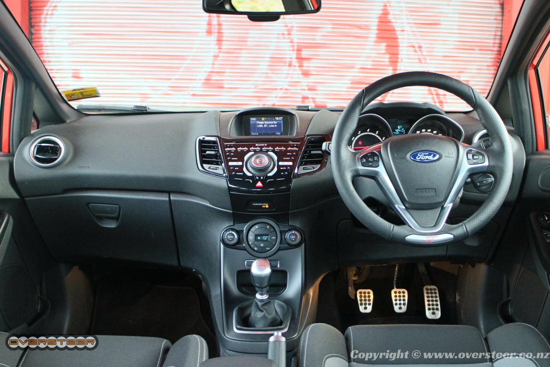 Ford Fiesta ST (04)