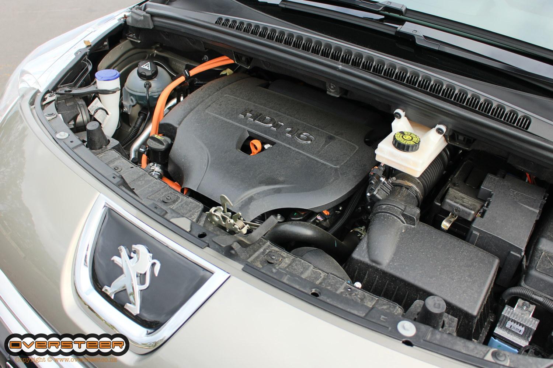 Peugeot 3008 HY4 (01)