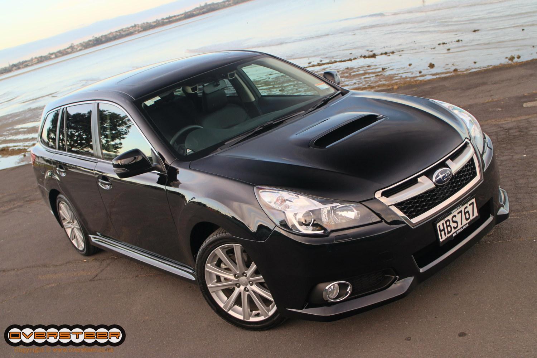 Subaru Legacy GT (01)