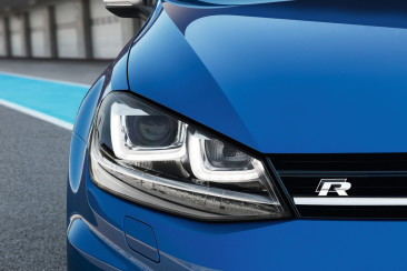 FIRST DRIVE: Volkswagen Golf R