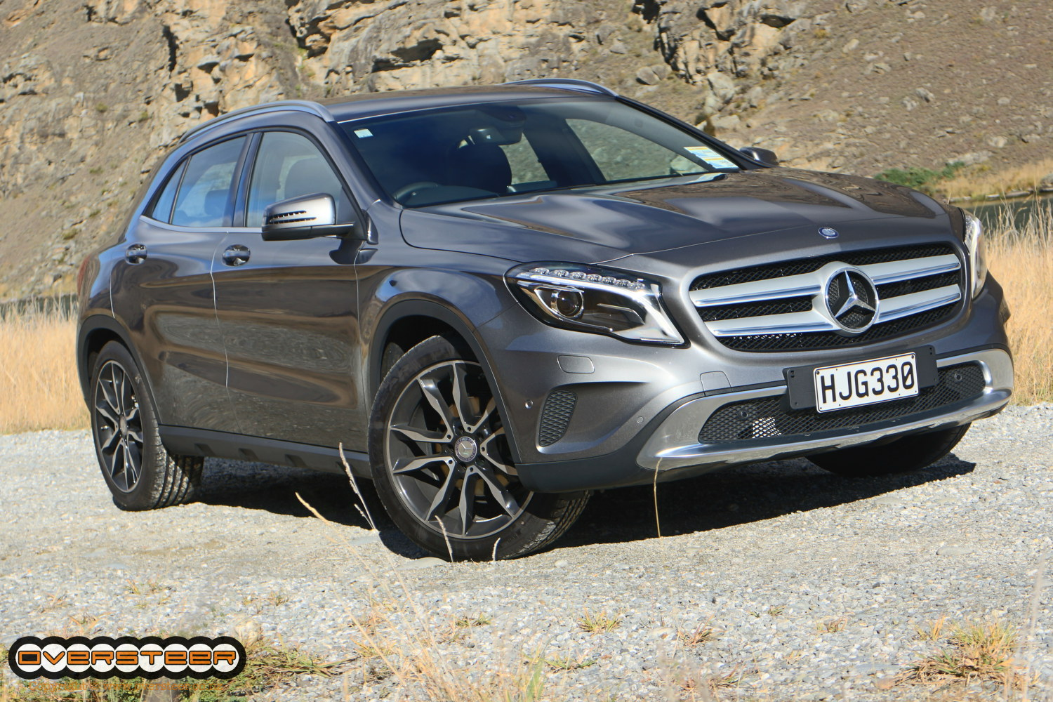 first drive mercedes benz gla 200 cdi oversteer. Black Bedroom Furniture Sets. Home Design Ideas
