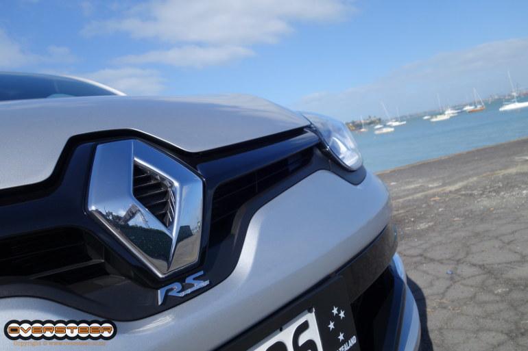 QUICK DRIVE: Renault Megane RS265