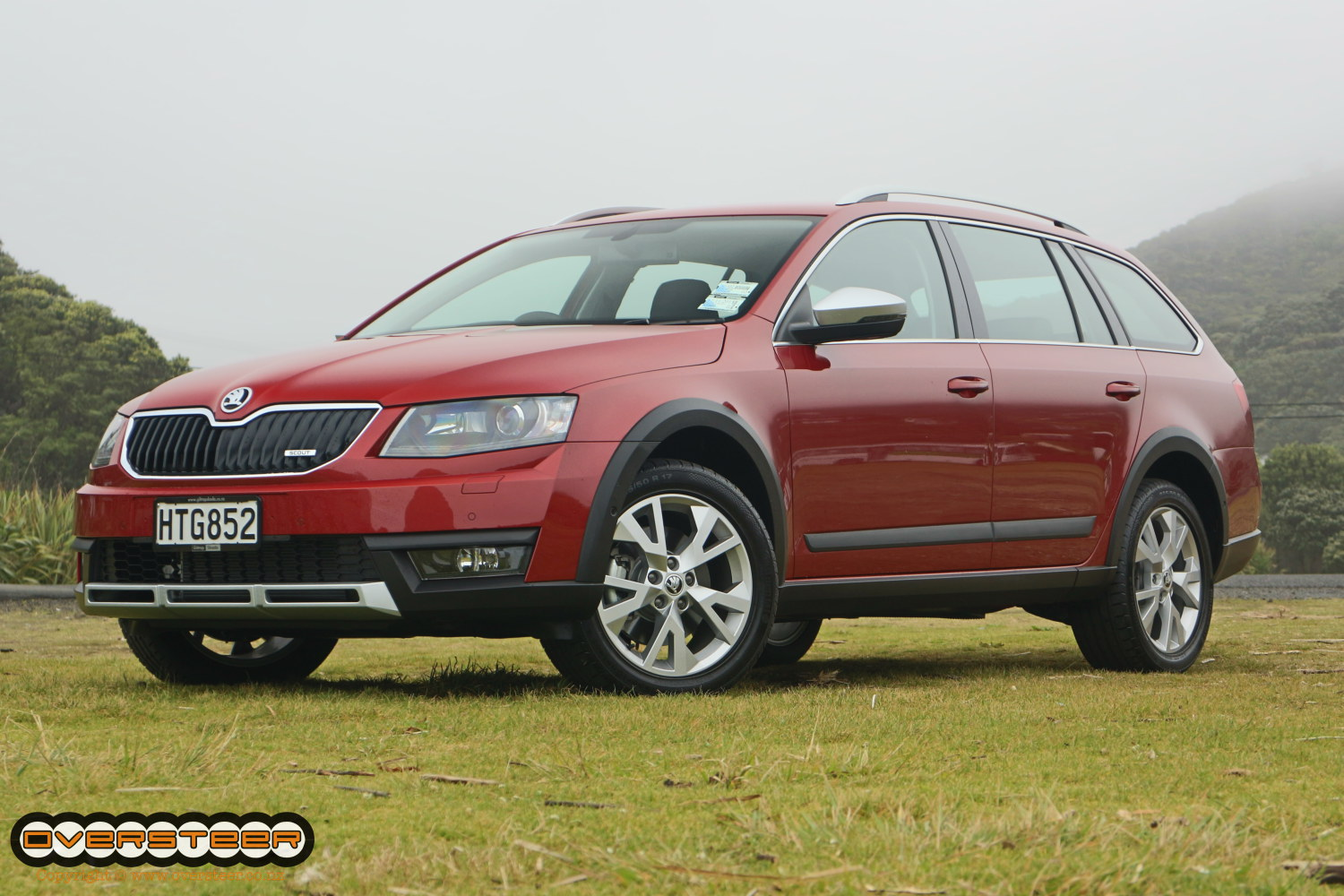 first drive skoda octavia scout oversteer. Black Bedroom Furniture Sets. Home Design Ideas
