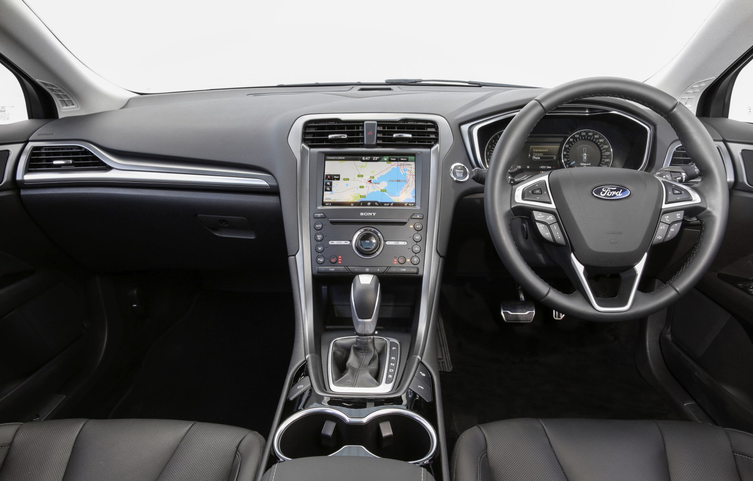 Ford Mondeo (06)