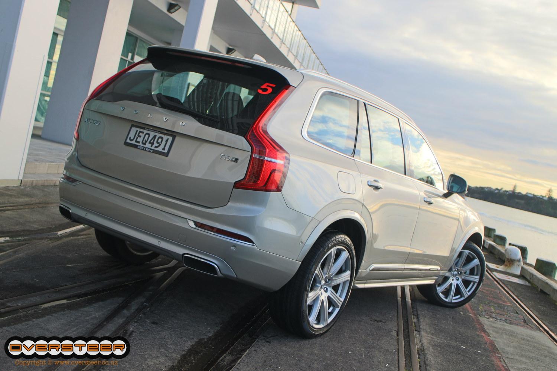 Volvo XC90 (02)