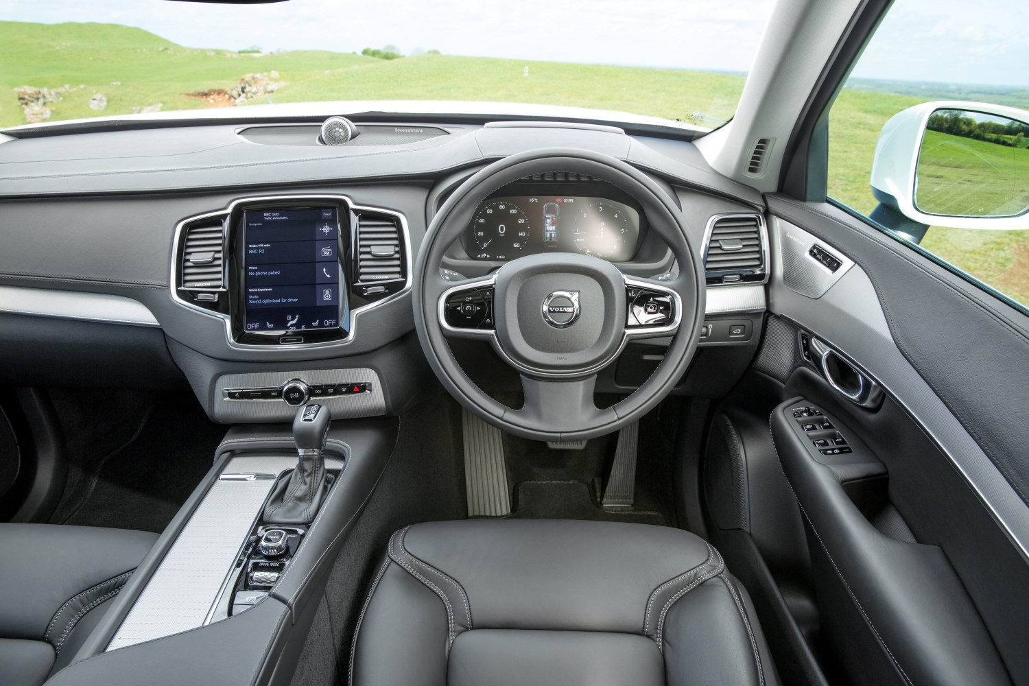 Interior dash detail images, Charcoal Nappa Leather with Metal Mesh Trim