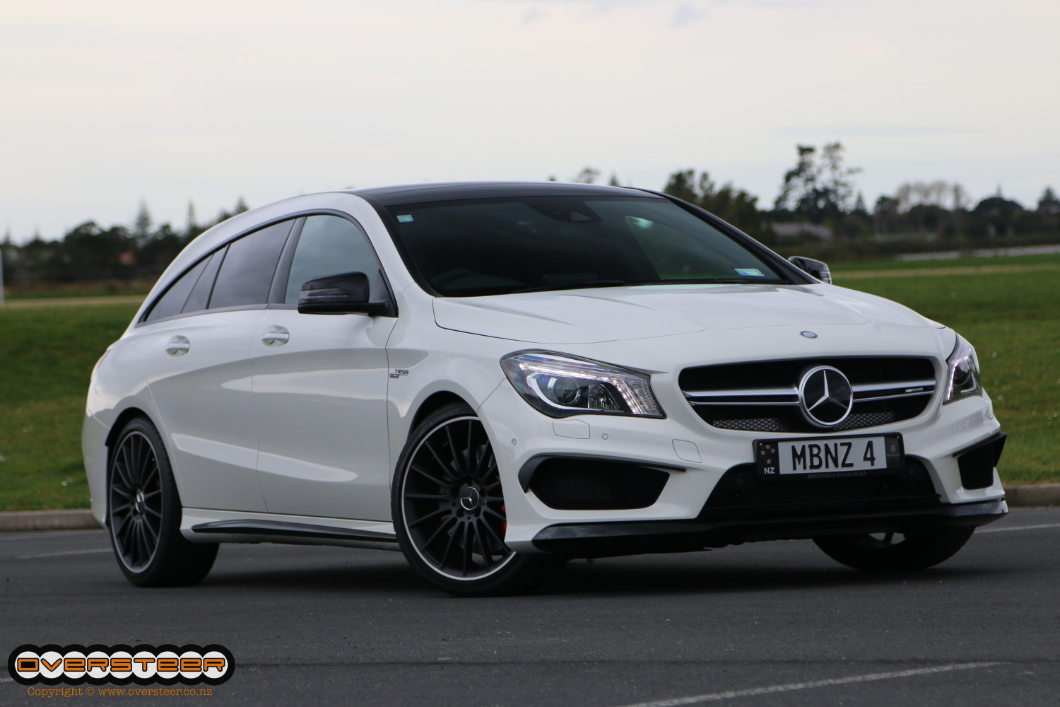 road test mercedes benz cla 45 amg shooting brake oversteer. Black Bedroom Furniture Sets. Home Design Ideas
