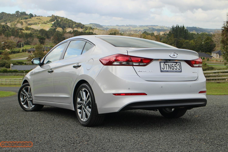 Hyundai Elantra launch 002