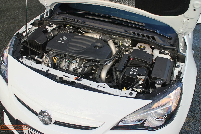 Holden Astra VXR 004